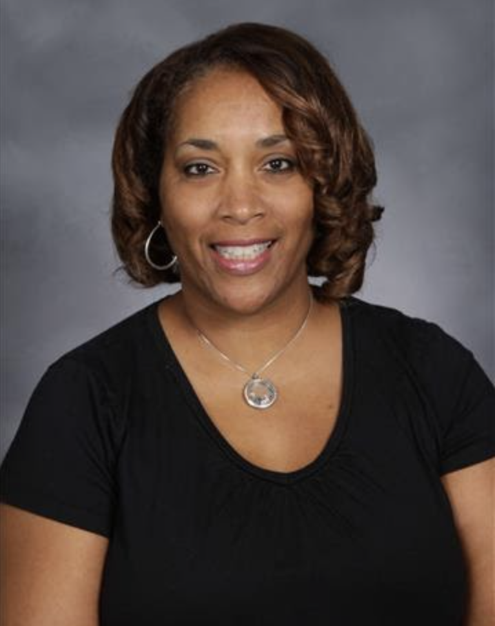 Romona Miller Receives 2020 Excellence in Education Award